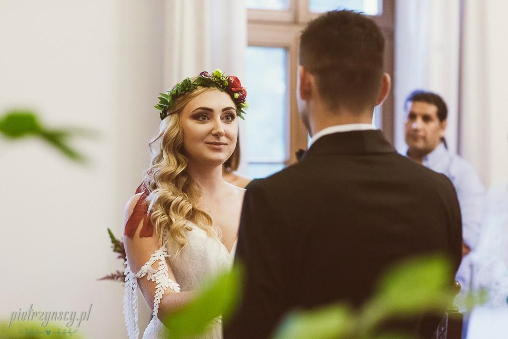 35-fotograf-na-ślub-Poznań-sesja-ślubna-Poznań-zdjęcia-i-film-ślubny-poznań