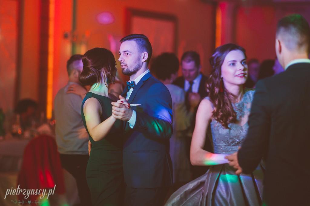 49, fotograf na wesele Gniezno, sesja ślubna Gniezno, filmowanie wesela Gniezno