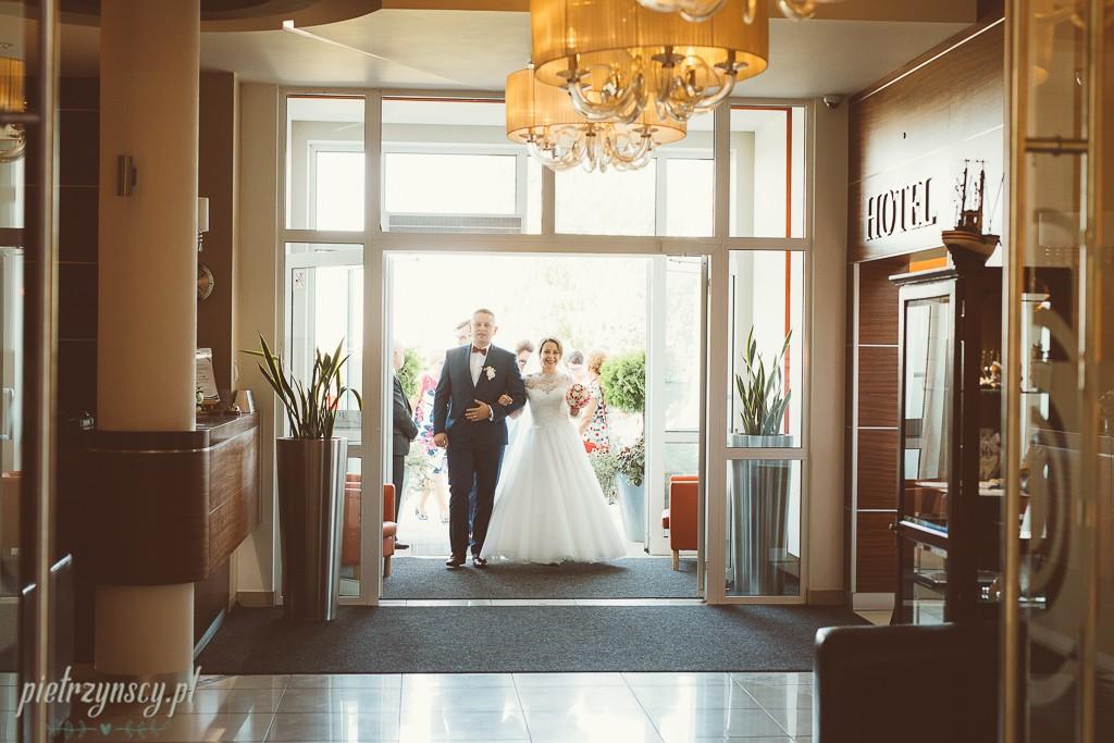 24, foto video Sieradz, teledysk ze ślubu Sieradz, fotograf na wesele Sieradz