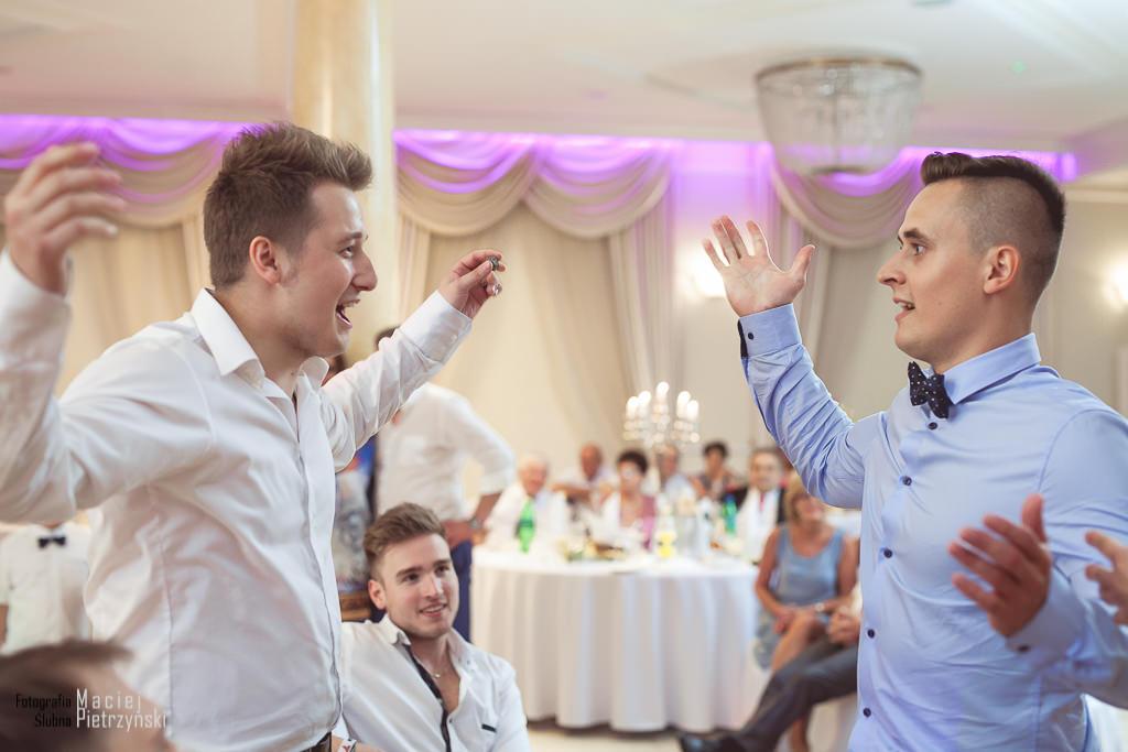 129, fotograf na wesele poznań, fotograf na ślub poznań, sesja ślubna poznań