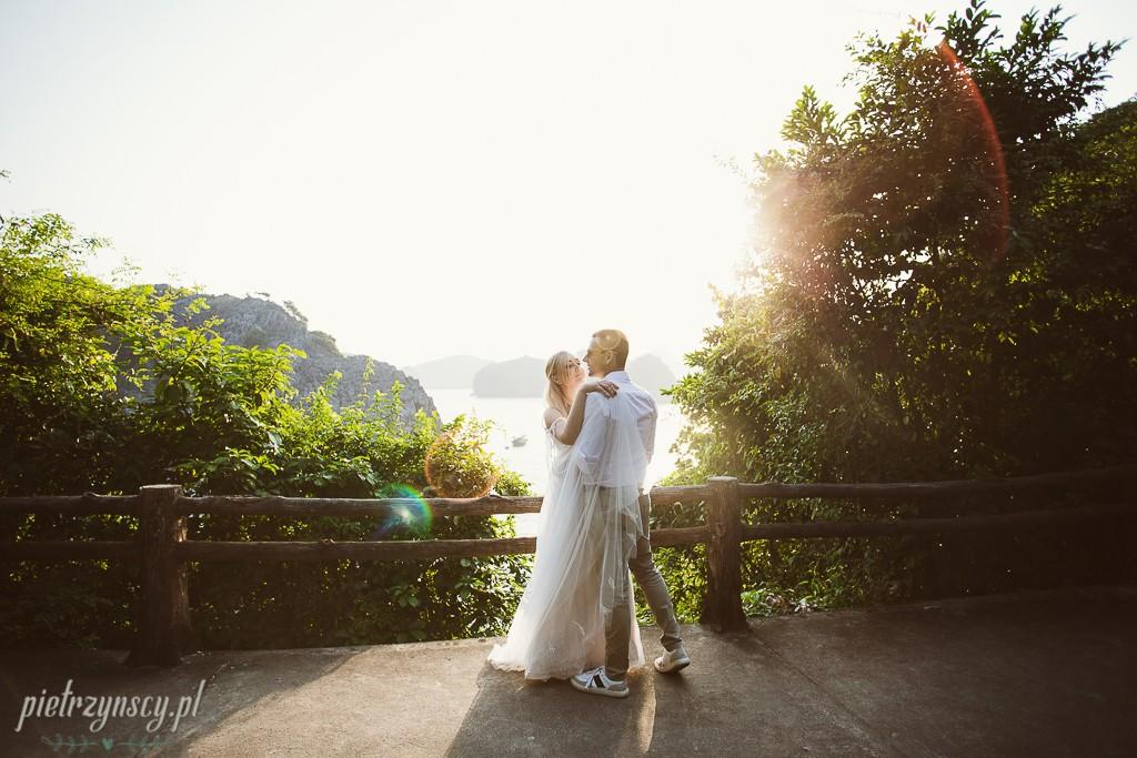 12-fotograf-ślubny-Poznań-zagraniczna-sesja-ślubna-photographer-Vietnam-weddingsession-Vietnam