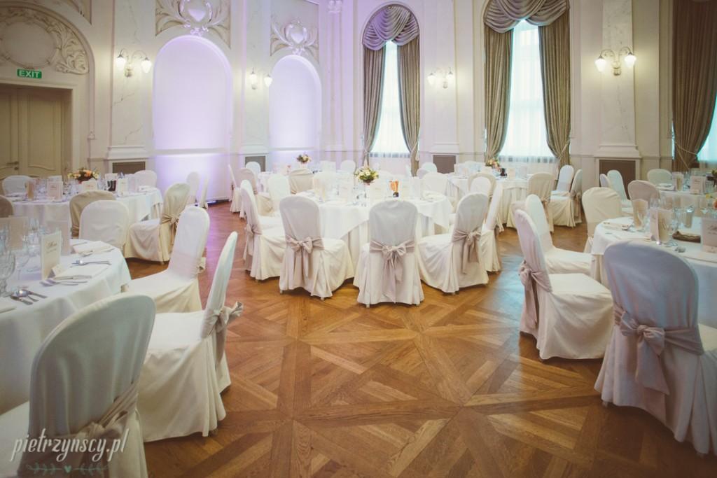 23, wyjazdowa sesja poślubna, ślub bazar poznański, zdjęcia ślubne poznań