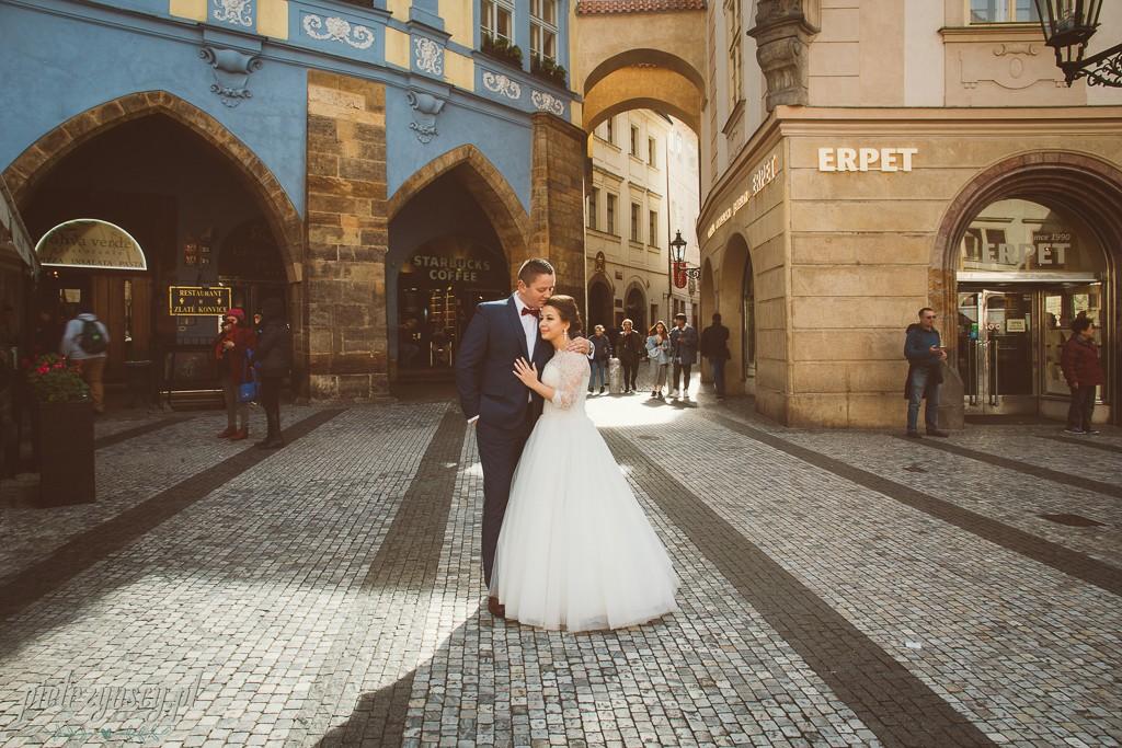 24, ślub w Pradze, sesja ślubna Praga, zdjęcia ślubne Poznań