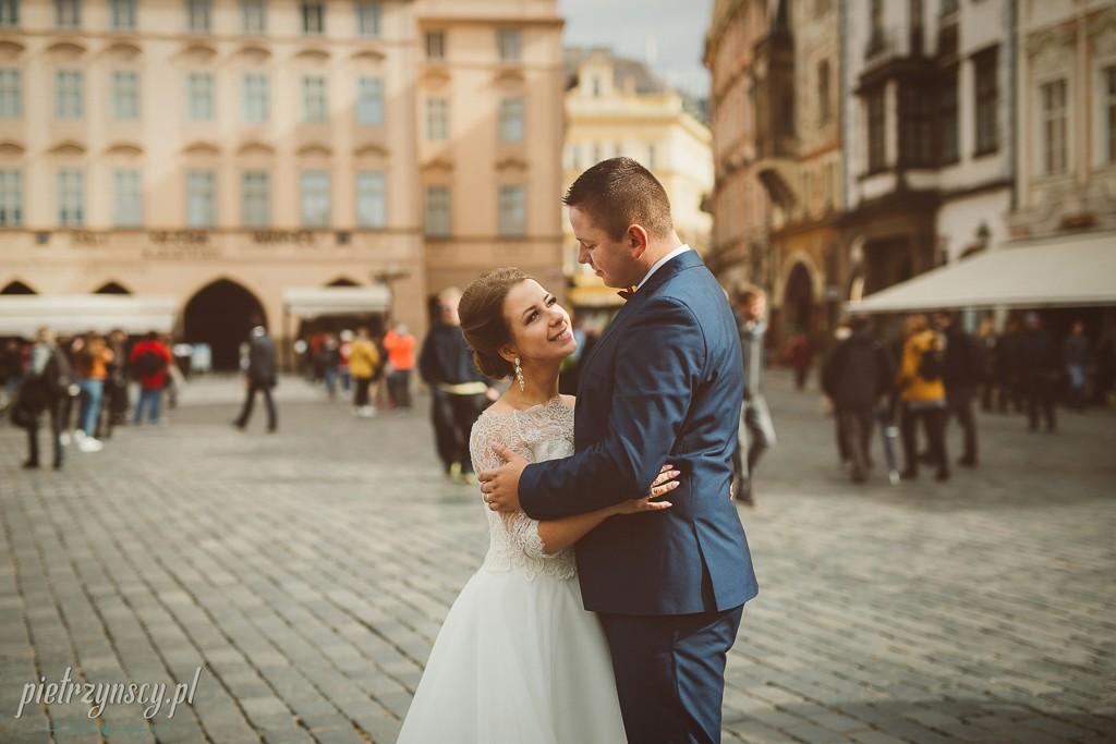 27, zagraniczna sesja poślubna, plener ślubny w Pradze, sesja ślubna praga