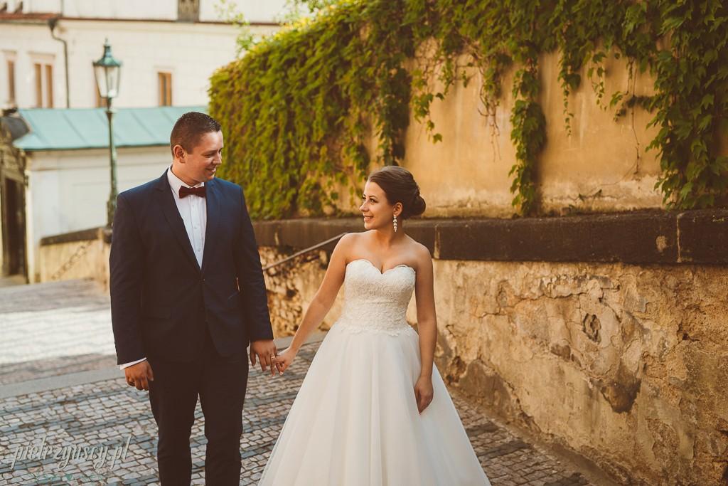 33, sesja ślubna zagranicą, sesja ślubna w Pradze, fotograf ślubny Praga