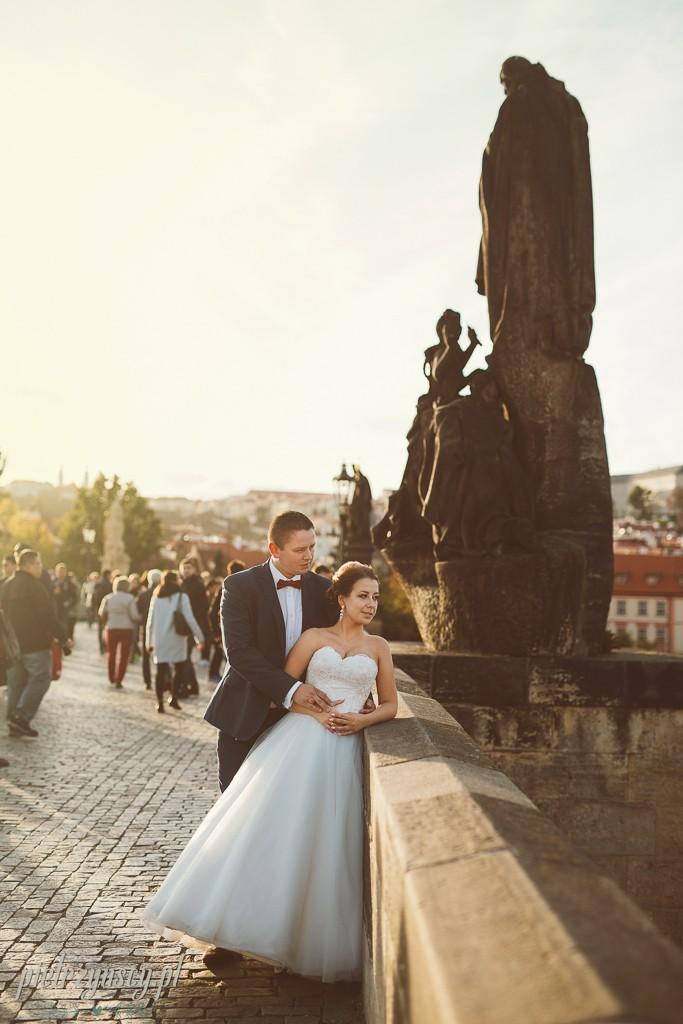 38, zagraniczna sesja ślubna, sesja ślubna Praga, sesja plenerowa w Pradze