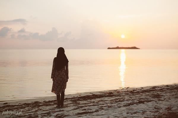 sesja zdjęciowa na Malediwach, fotograf ślubny Malediwy, ślub Malediwy, zdjęcia z Malediwów, sesja ślubna Malediwy, sesja zdjęciowa na Malediwach